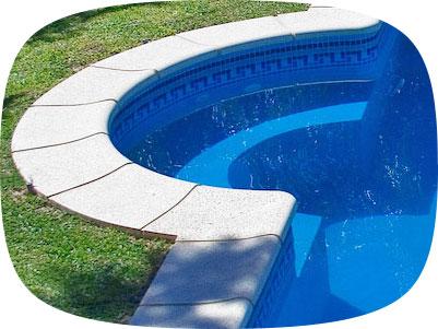 Bordes para piscinas borde de piscina con rejilla pileta for Baldosones para terrazas